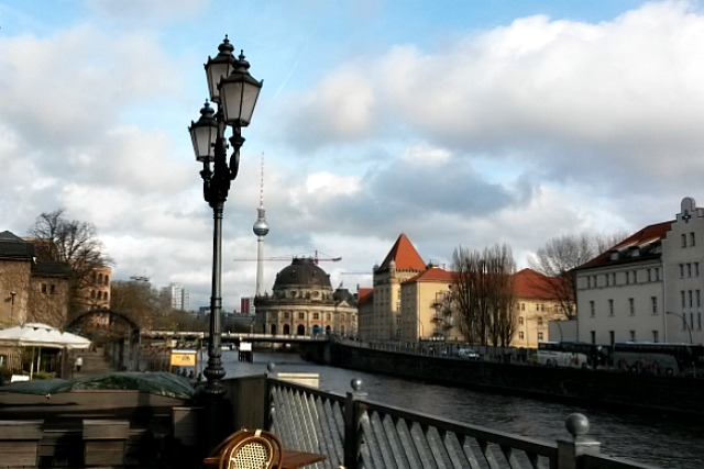 Walk along River Spree Berlin