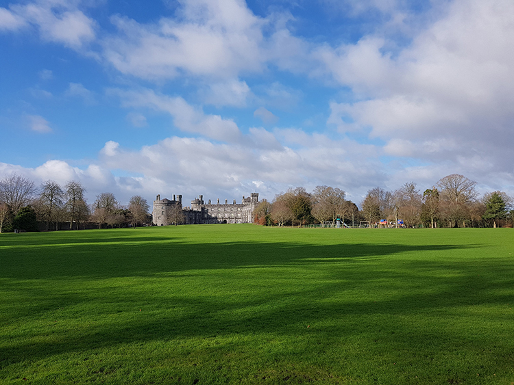Kilkenny castle park grounds